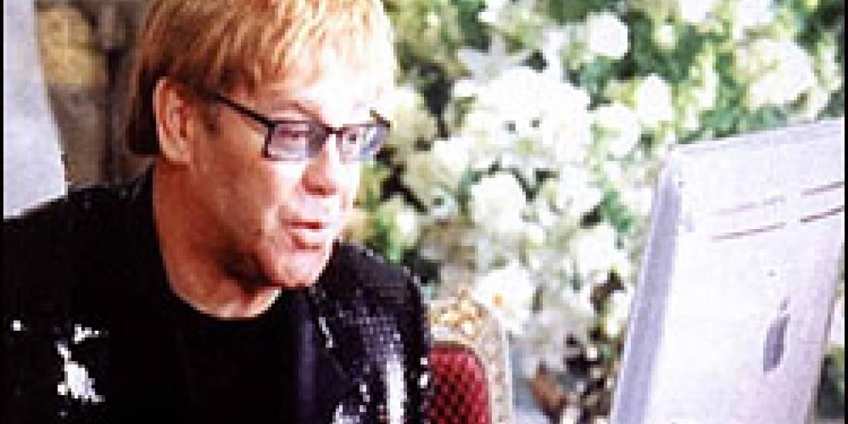 """Elton John: """"Cerremos Internet por 5 años"""""""