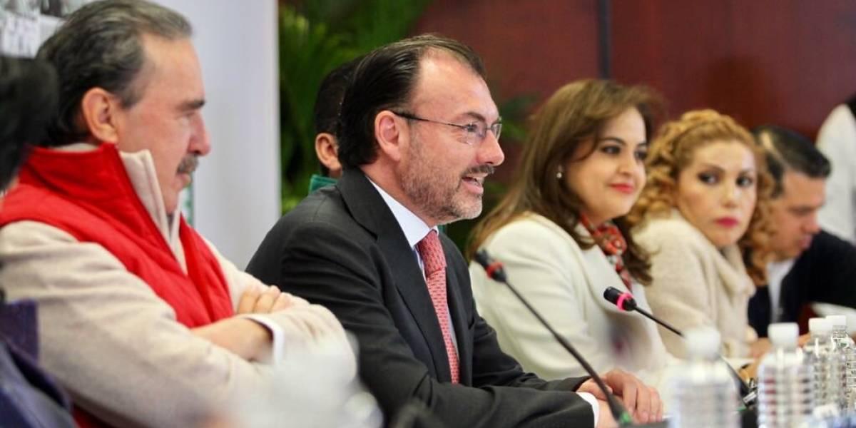 TLCAN no se negociará a cambio de agentes de EU en vuelos: Videgaray