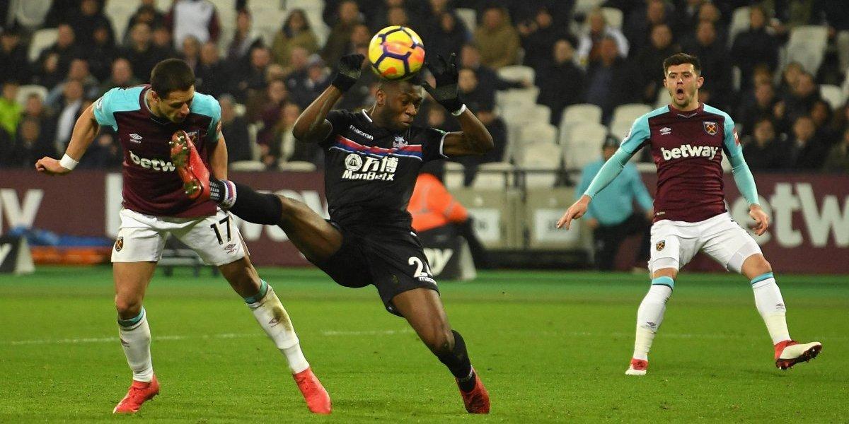 West Ham, con 'Chicharito' de titular, empata ante el Crystal Palace