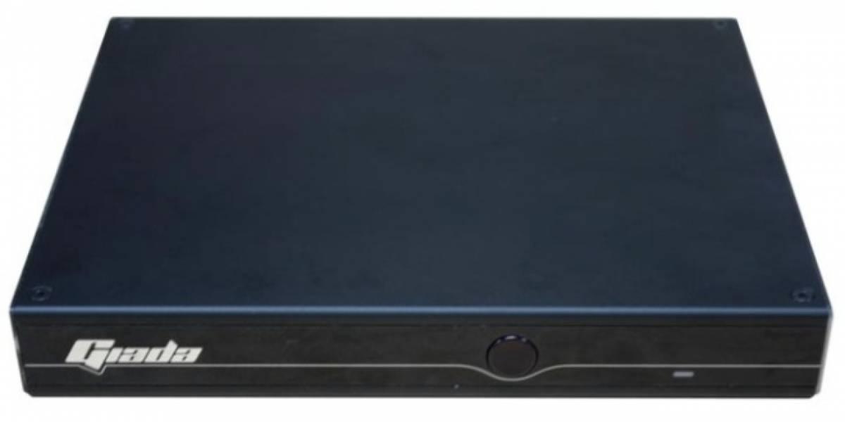 Giada presenta su nuevo miniPC i35GB