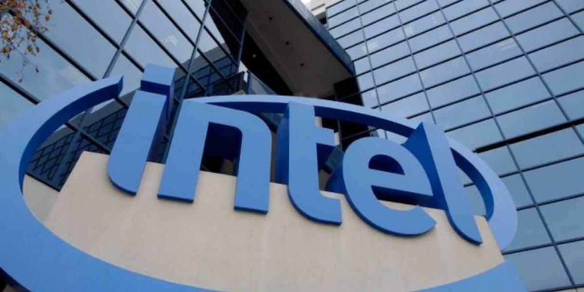Intel se ve afectado por la escasez de discos duros y reduce sus expectativas