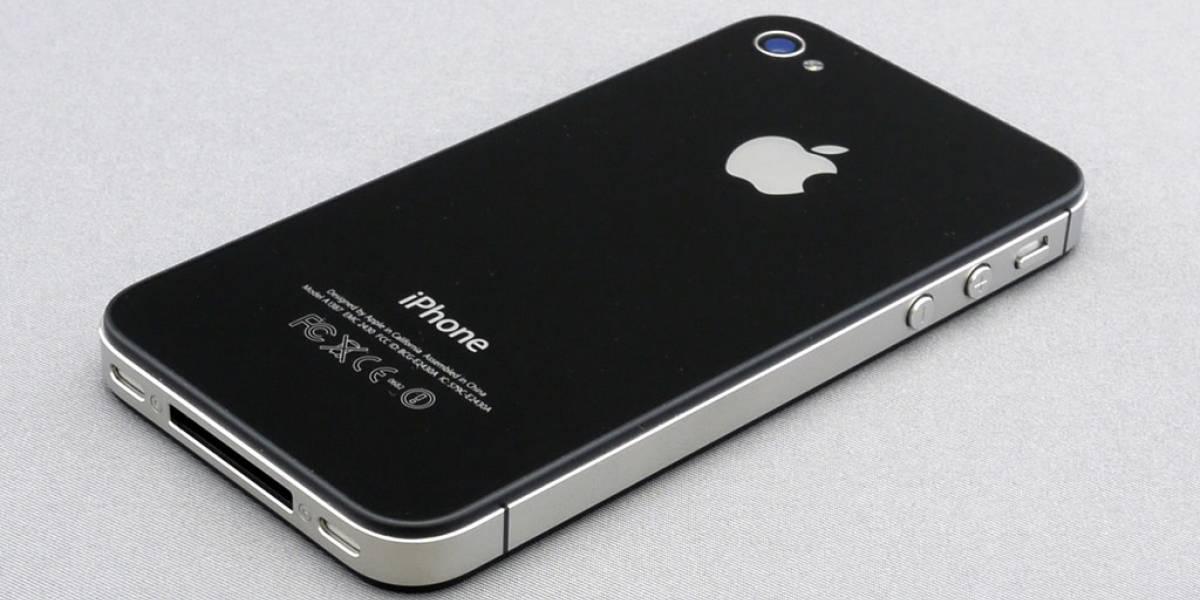 Hombre acusa que su casa se incendió por culpa del iPhone 4S