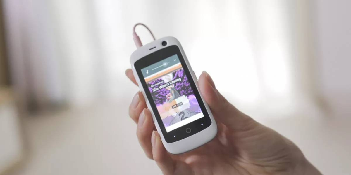 Con ustedes Jelly, el Android 4G LTE más pequeño del mundo