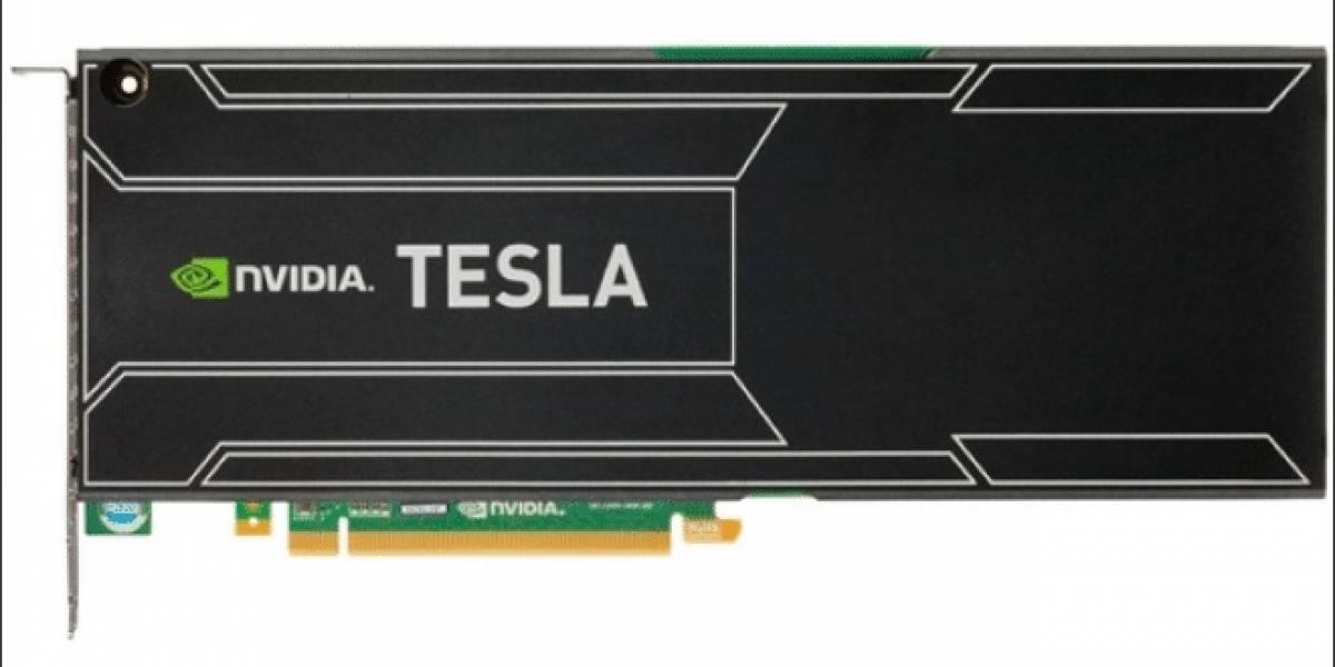 NVIDIA Tesla K20 posa para la cámara