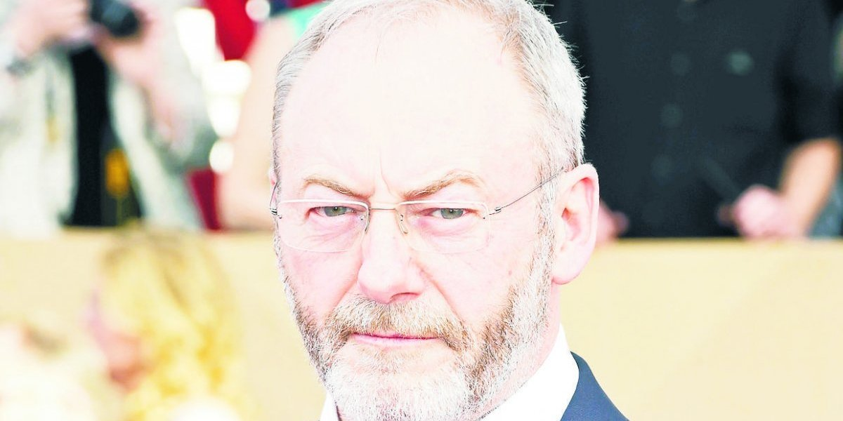"Liam Cunningham: Un adelanto de la temporada 8  de ""Game of Thrones"""