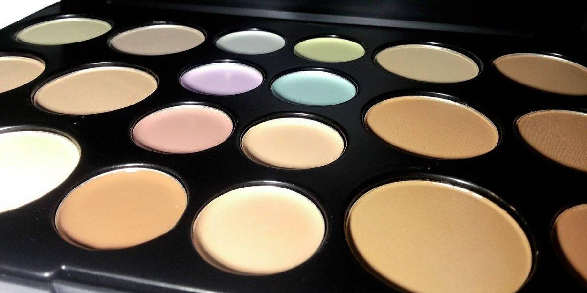 ¿Para qué sirve cada color de corrector de ojeras?