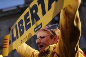 manifestacionesparlamentocataluna-229b76e1c6d85d5ed2cda08b54612ecf.jpg