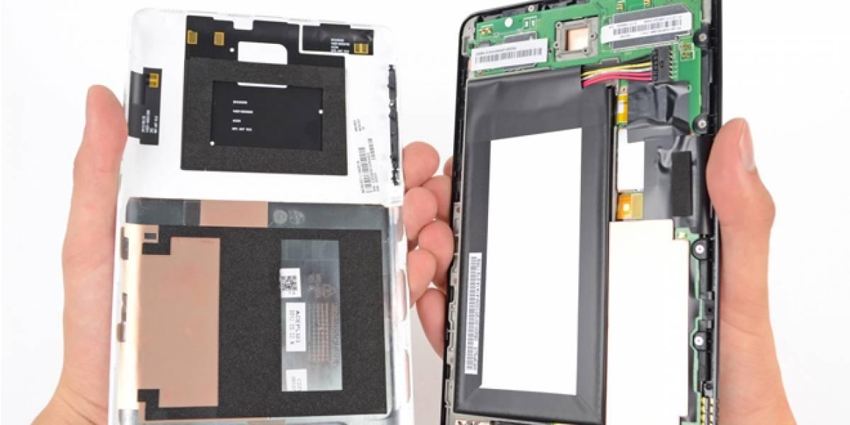 Tableta Nexus 7 es desarmada hasta sus entrañas