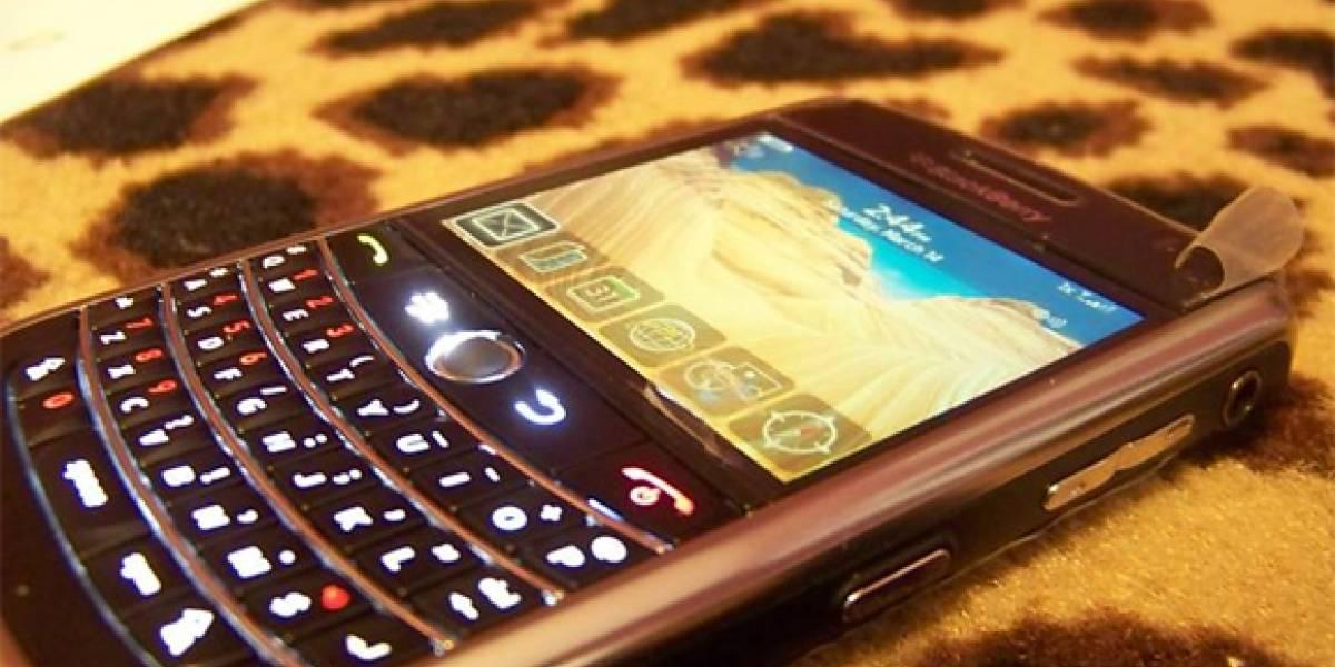 La BlackBerry 9630 posa para la foto