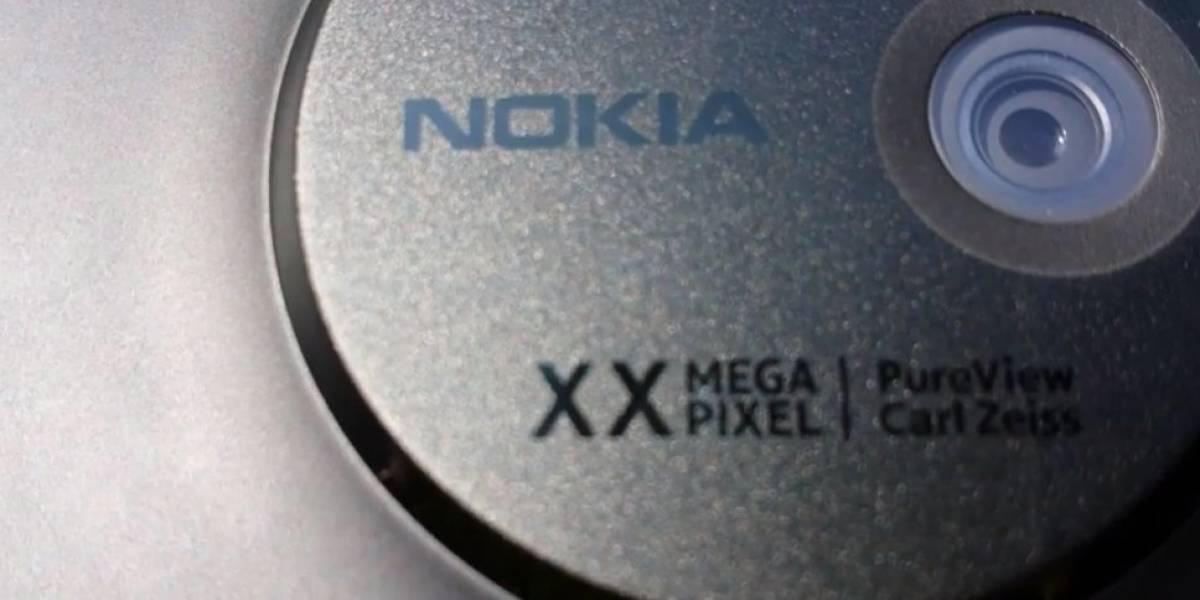 Nokia Lumia 1020 se filtra horas antes de su lanzamiento en el canal de YouTube de AT&T