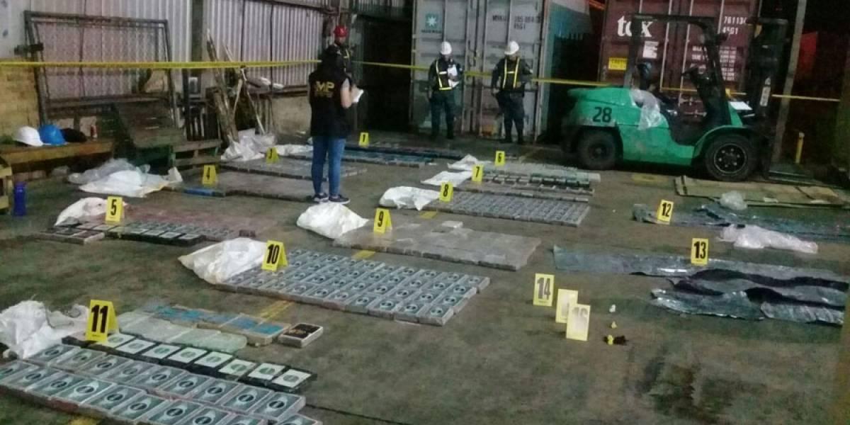 Incautan contenedor con cocaína procedente de Colombia valorado en más de Q40 millones