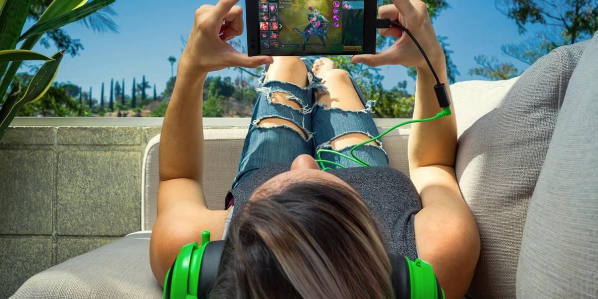 Por qué el nuevo teléfono de Razer no trae puerto de audífonos