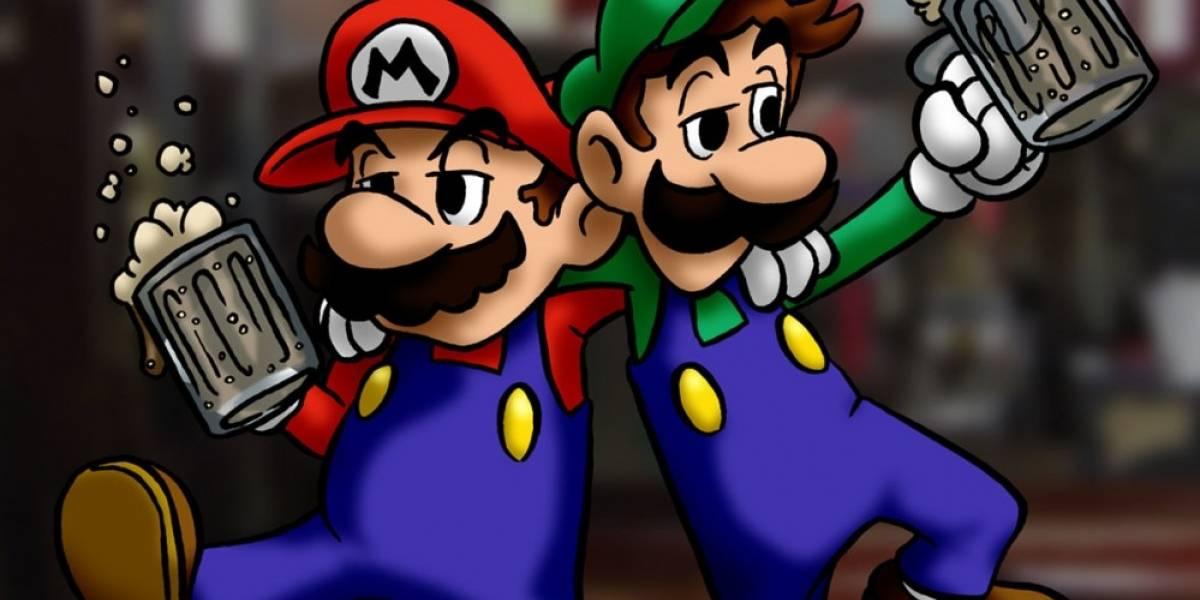 La gente está esperando horas para entrar a este bar de Super Mario Bros.
