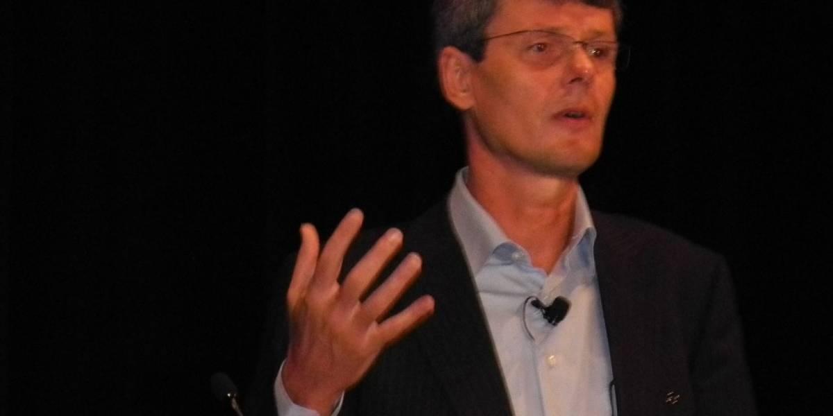 """Thorsten Heins dispara: """"La interfaz del iPhone ya tiene 5 años"""""""