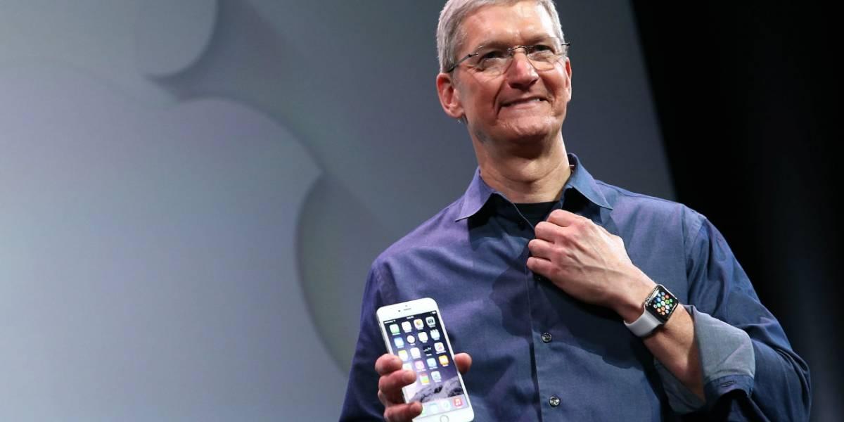 """La realidad aumentada es """"enorme"""", tal como lo fue el iPhone, afirma Tim Cook"""