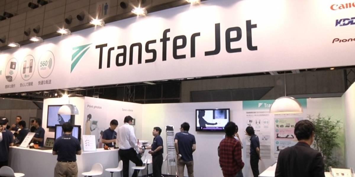 Toshiba mostrará tarjeta SDHC con TransferJet en el CES 2013