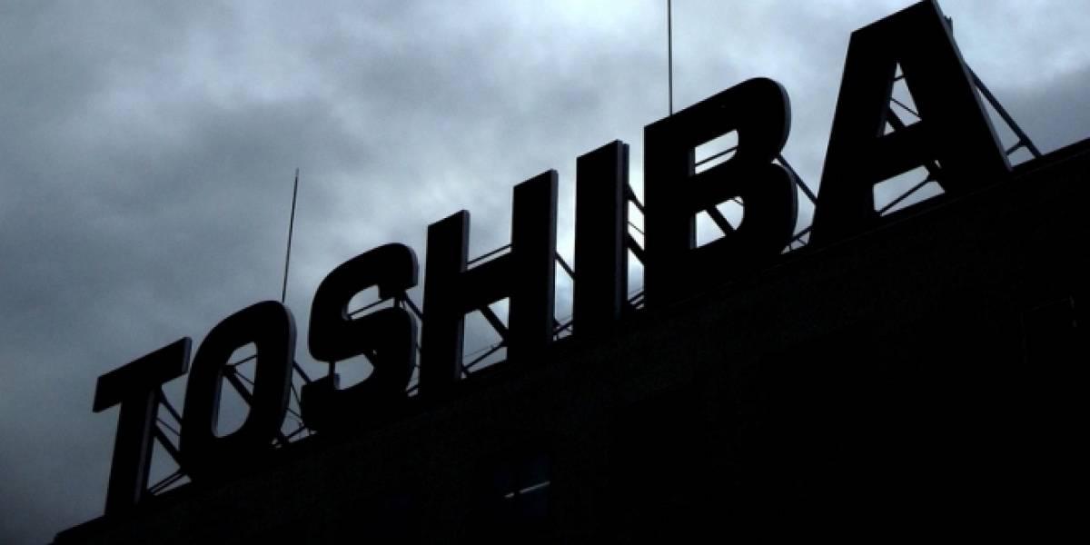 A un año de las inundaciones, Toshiba reabre planta de chips en Tailandia
