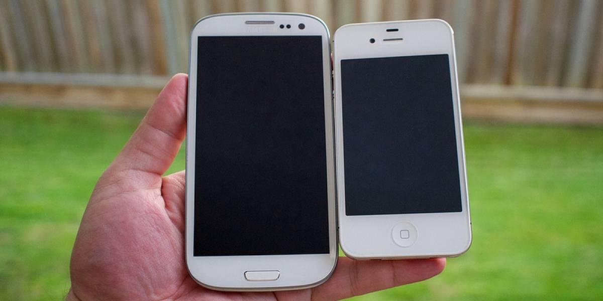 """El iPhone causó una """"crisis de diseño"""" en Samsung, según memo interno"""