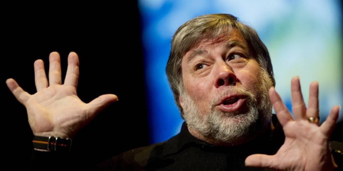 """Wozniak: Los """"Arrogantes"""" de Apple debieron hacer un iPhone más grande"""
