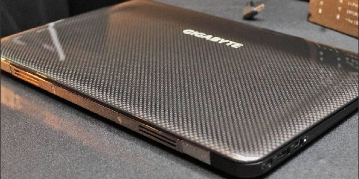 Gigabyte X11: La Ultrabook de 973 gramos