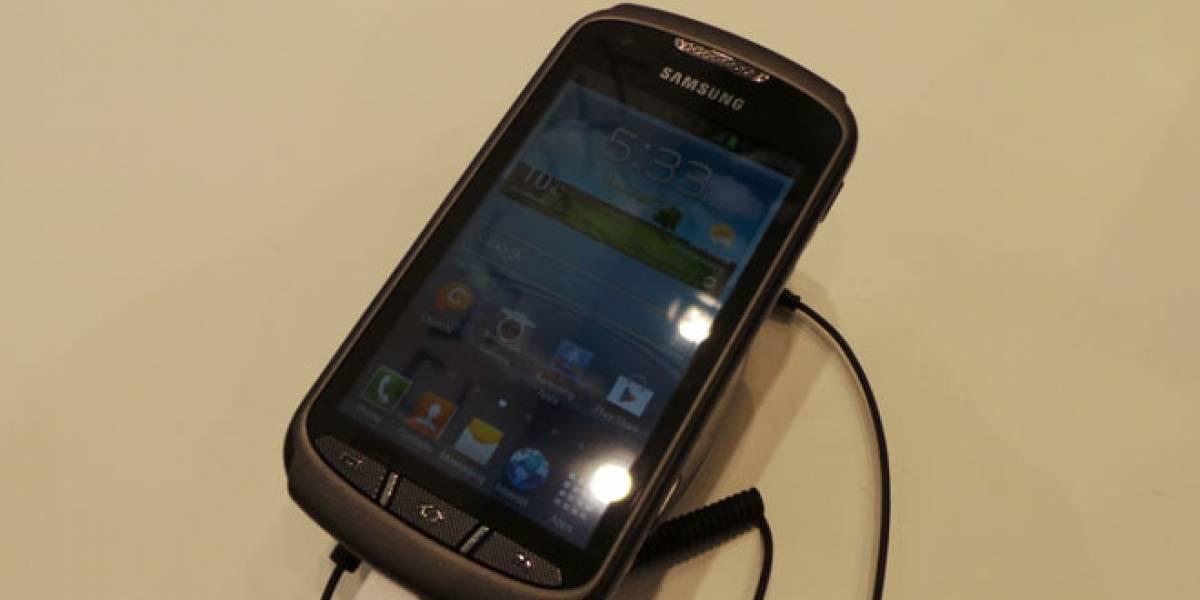 MWC13: Galaxy Xcover 2, el nuevo 'indestructible' de Samsung, a primera vista
