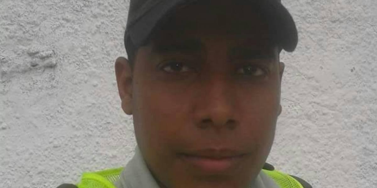 Una hija de 3 años y una esposa embarazada dejó uno de los policías que falleció en atentado en Barranquilla