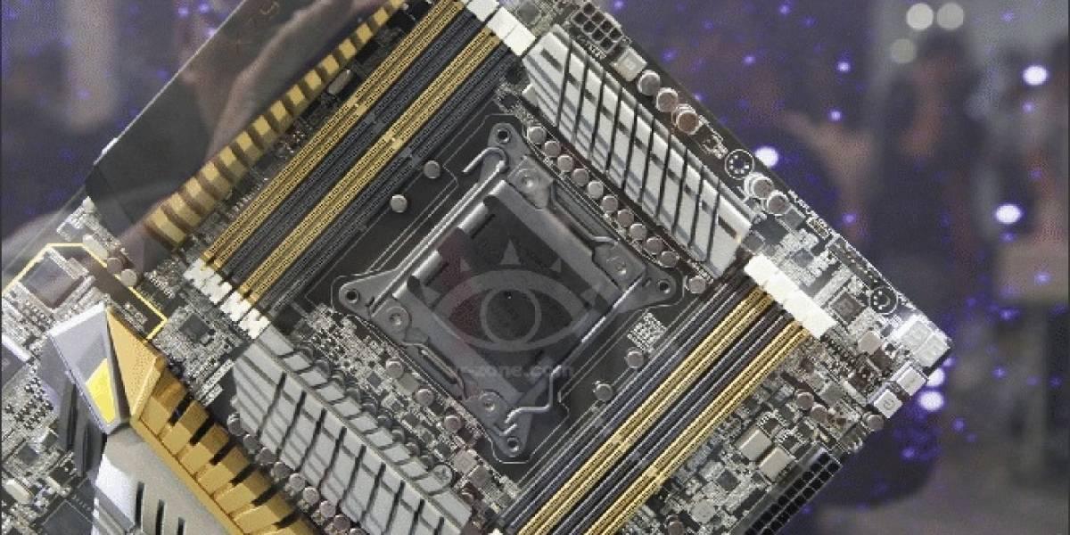 CTX2012 ASUS ZEUS: Tarjeta madre X79 que integra dos GPUs