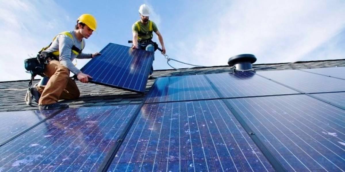 Desarrollan tecnología que podría generalizar el uso de paneles solares de gama alta