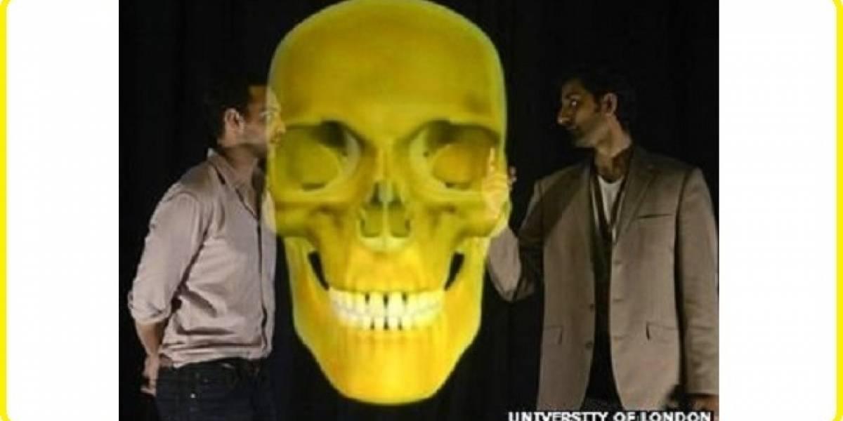 Médicos catedráticos utilizan grandes hologramas 3D para enseñar medicina en Inglaterra