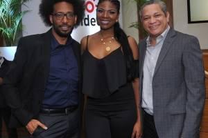 Jhonié Mercedes, Esther Tejada y Miguel Alcantaras (2)