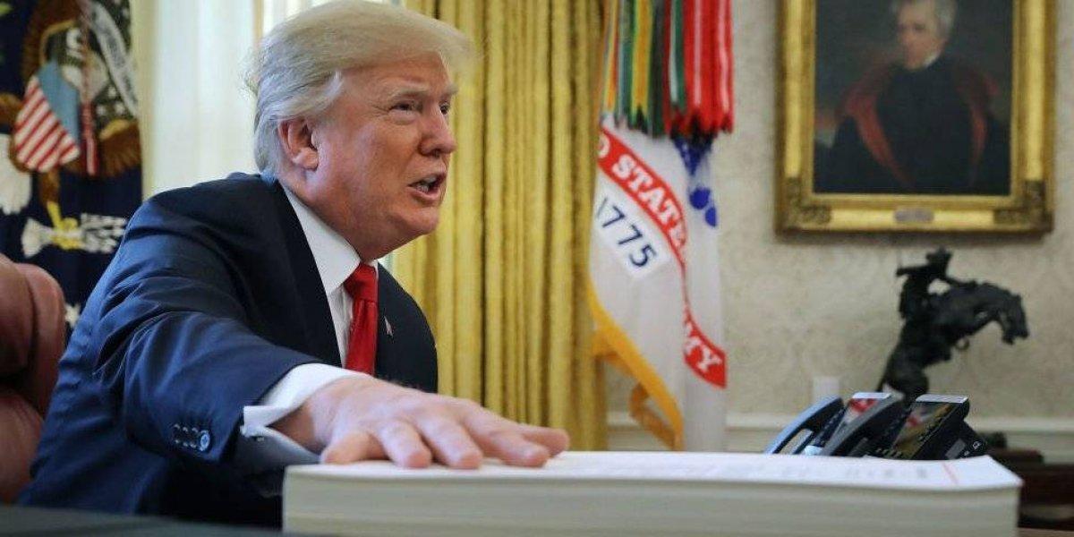 """Trump contraataca al FBI: amenaza difundir """"documento clasificado"""" que lo deja mal parado"""