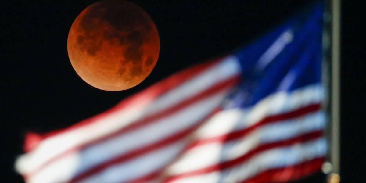 Así se ve la superluna de sangre azul en el mundo