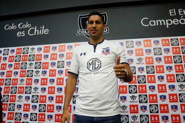 Colo Colo presentó a César Pinares como su cuarto refuerzo