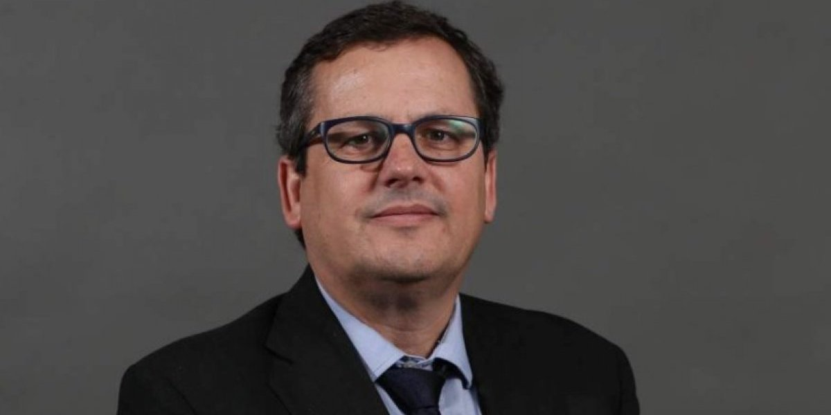 Cristián Bofill renuncia a la dirección general de Prensa de Canal 13