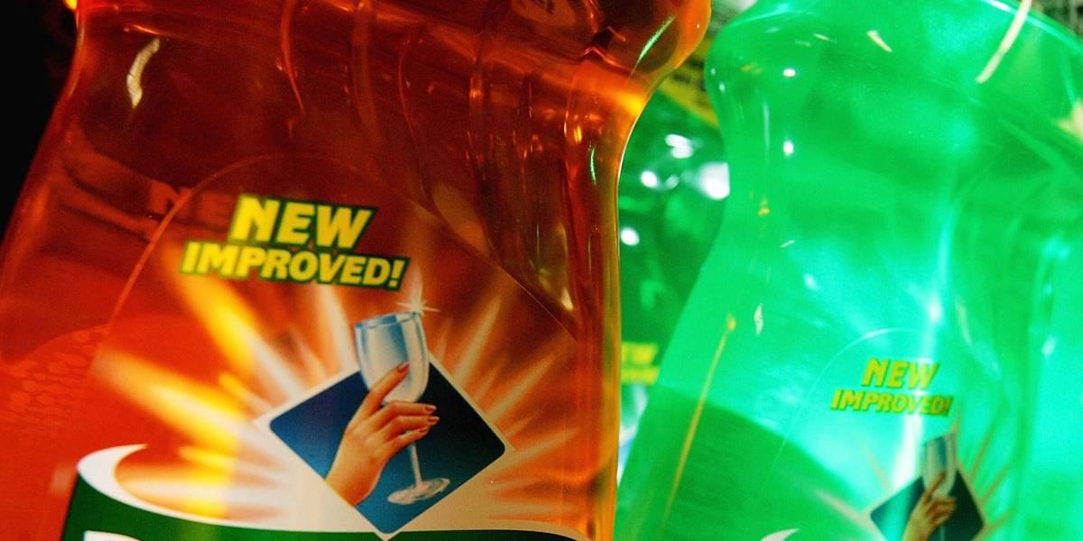 Desafio de comer detergente já causou quase 100 casos de intoxicação
