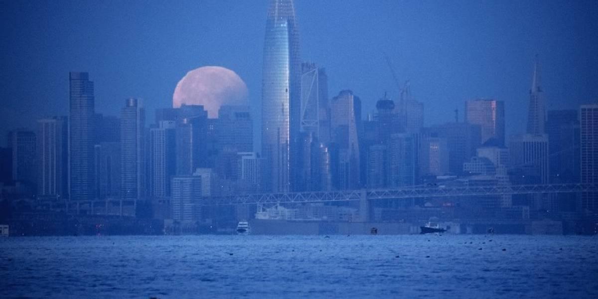 """FOTOS. Las impresionantes imágenes que dejaron el eclipse y la """"Superluna Azul"""""""