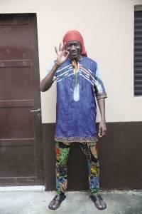 O costureiro senegalês Laye Sinaba