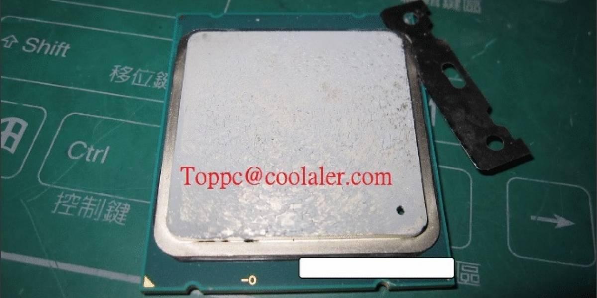 """Remueven el IHS de un CPU Core i7-4960X """"Ivy Bridge-E"""""""