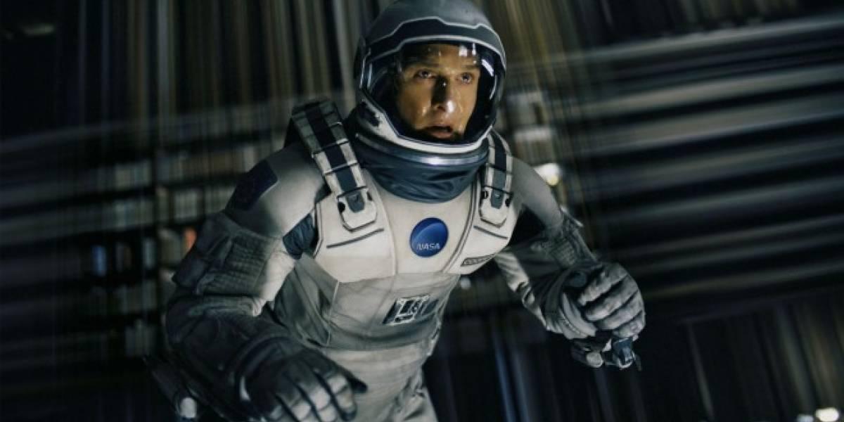 La NASA logra el primer apretón de manos realizado desde el espacio
