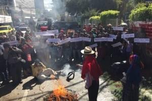 conmemoran 38 años de quema de la embajada de España