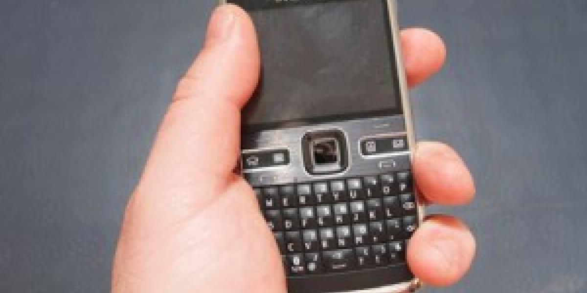 Nokia se burla de los problemas del iPhone 4