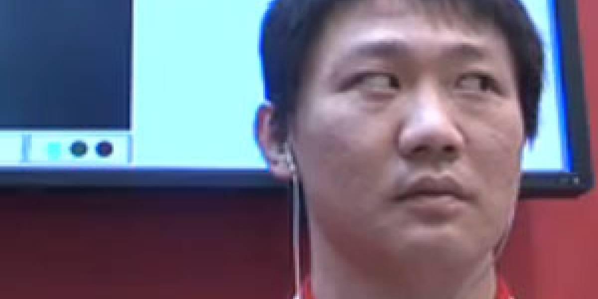 MWC10: NTT Docomo muestra móvil que se controla con los ojos (Video)