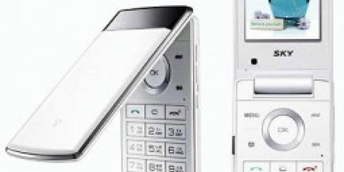 SKY IM-U585S: teléfono y cromaterapista de bolsillo