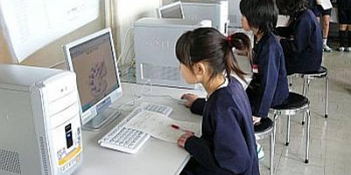 Japón pasaría 400.000 computadores a Linux