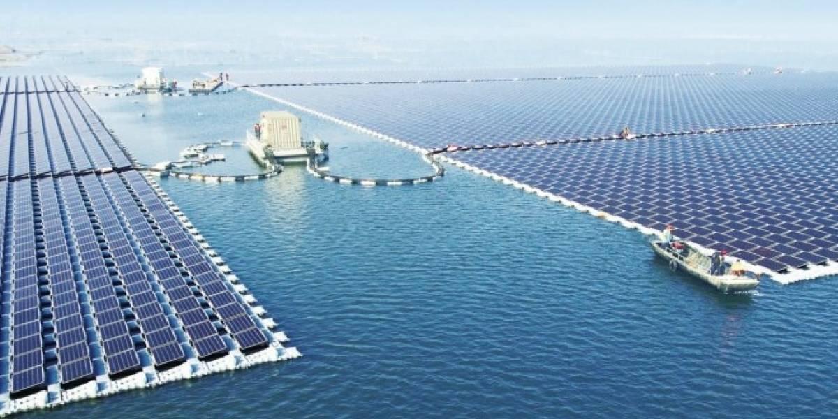 China activa la planta flotante de energía solar más grande del planeta