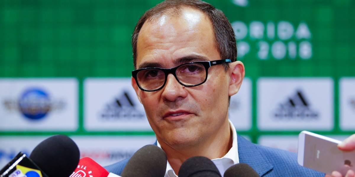 Fluminense vê crise se acentuar após torcida invadir reunião e pedir saída de presidente