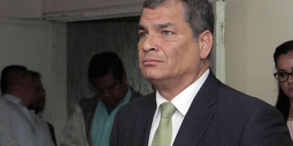 Rafael Correa responde a ataque a su vehículo en Quinindé