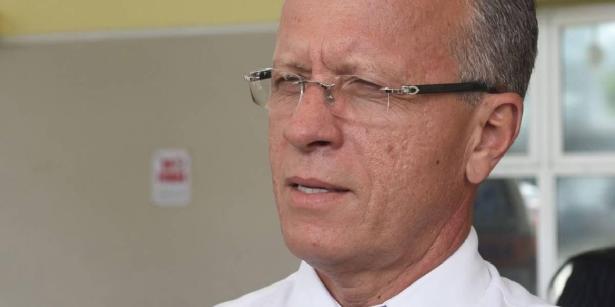 Alcaldes truenan contra recorte de subsidios y alegado discrimen