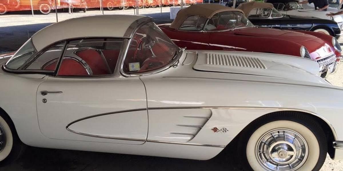 Feria de autos antiguos celebra sus 25 años