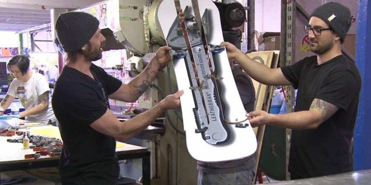 Fabrican una tabla de esquí que se convierte en una navaja suiza